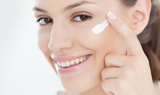 The Best Moisturizer to Use with Retin-A Treatment