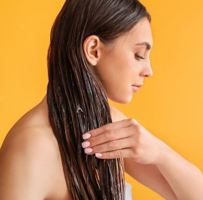 How to Cure Dandruff with Coconut Oil: Coconut Oil and Dealing With Dandruff