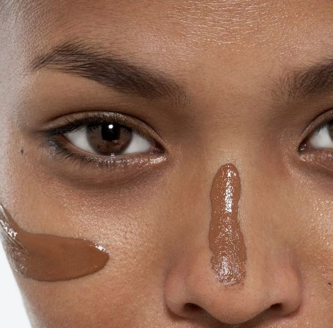 Best Natural Foundation for Oily Skin: Go Natural with These Foundations