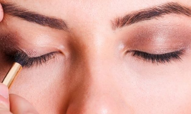 5 Best Eyeshadow Primers for Oily Lids