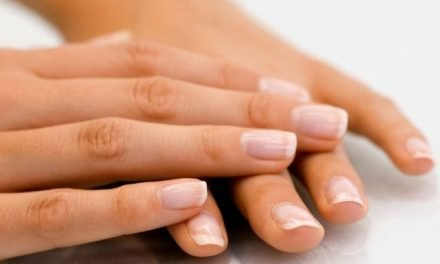 Essential Oils for Nail Growth:  Best Oils for Nails and Cuticles