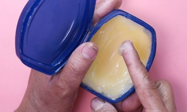 Can You Eat Petroleum Jelly: What Happens If You Eat Vaseline?