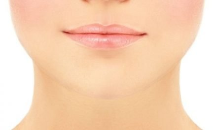 How to Make Lips Small: Natural, No-Makeup, No-Surgery Tips You Can Do at Home