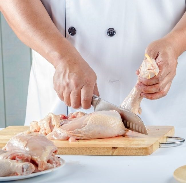 Raw Chicken Juice in Eye: What Happens and What Should I Do?