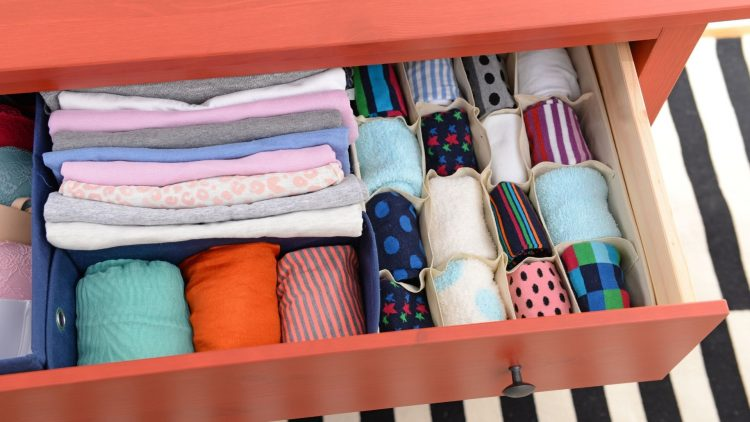 THE BEST WAY TO STORE CLOTHES AT HOME_NBU