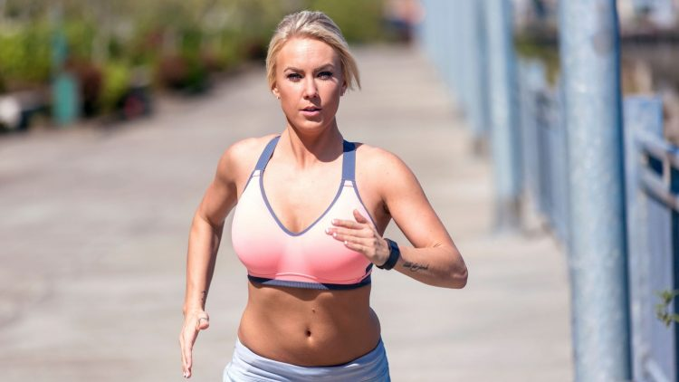 WEARING A SPORTS BRA EVERY DAY – ARE SPORTS BRAS GOOD FOR YOU_NBU